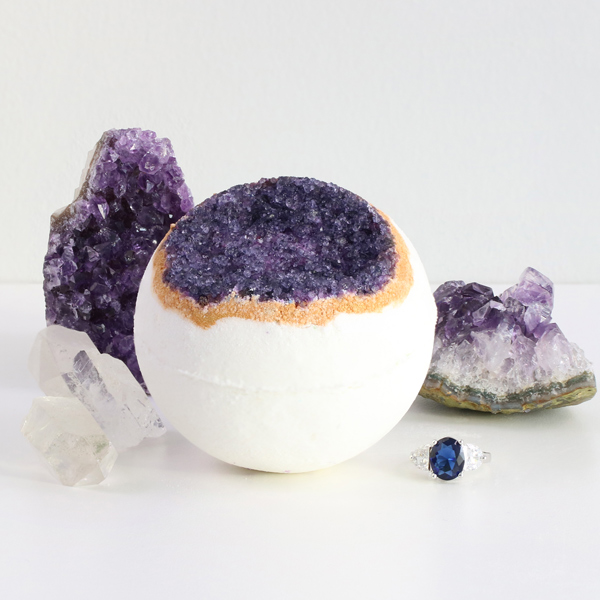 geode collection pack of 4 pearl bath bombs