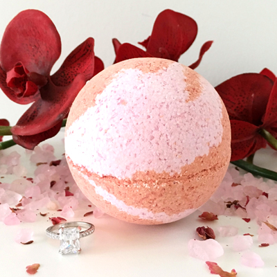 Prosecco Kiss Ring Bath Bomb